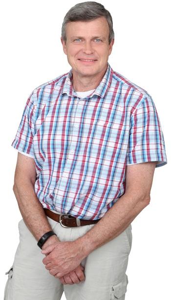 Jørgen Licht efter behandling, stående