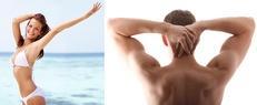 Ung brunette ved strand samt muskuløs manderyg